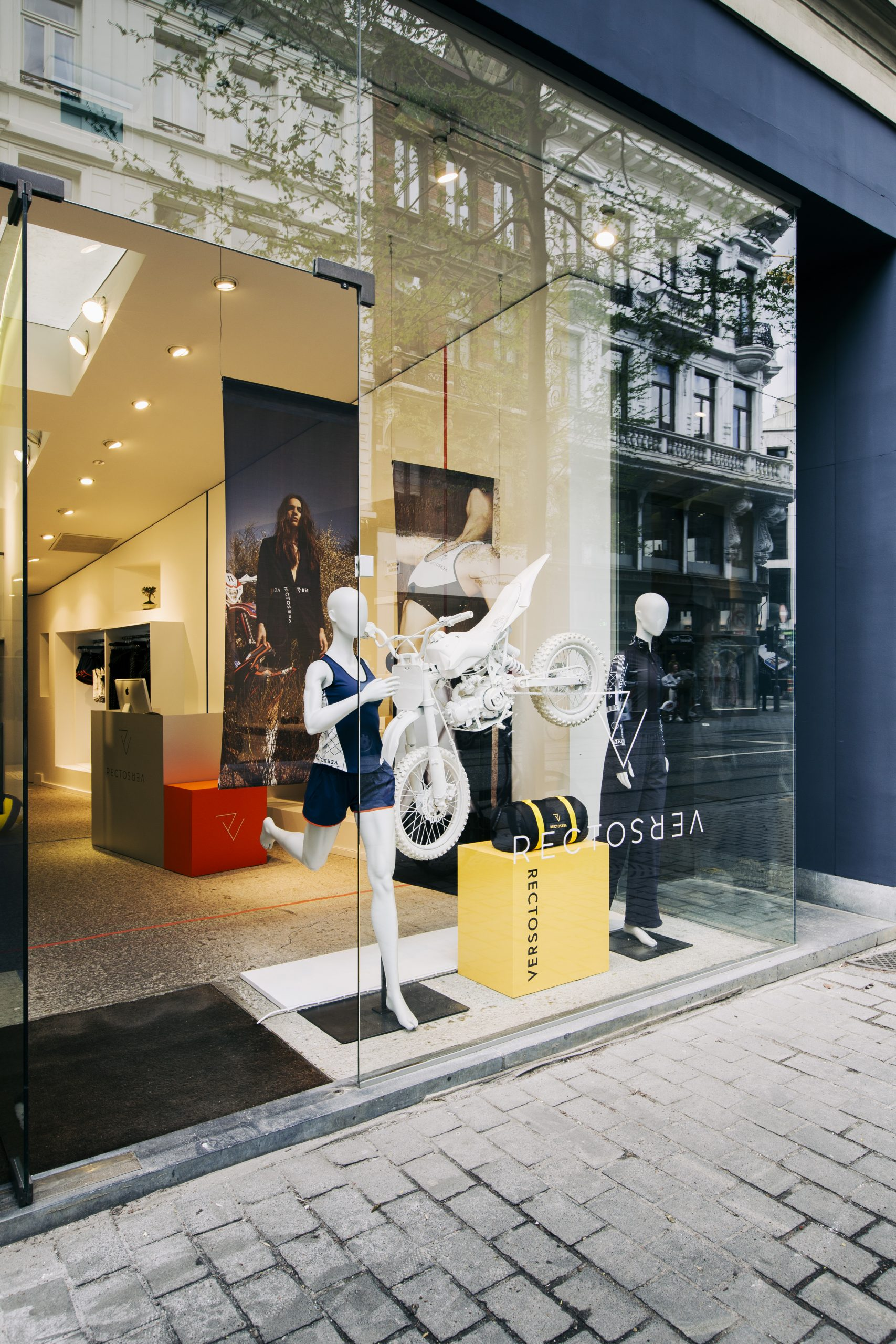 Nightingale branding Rectoverso pop-up store