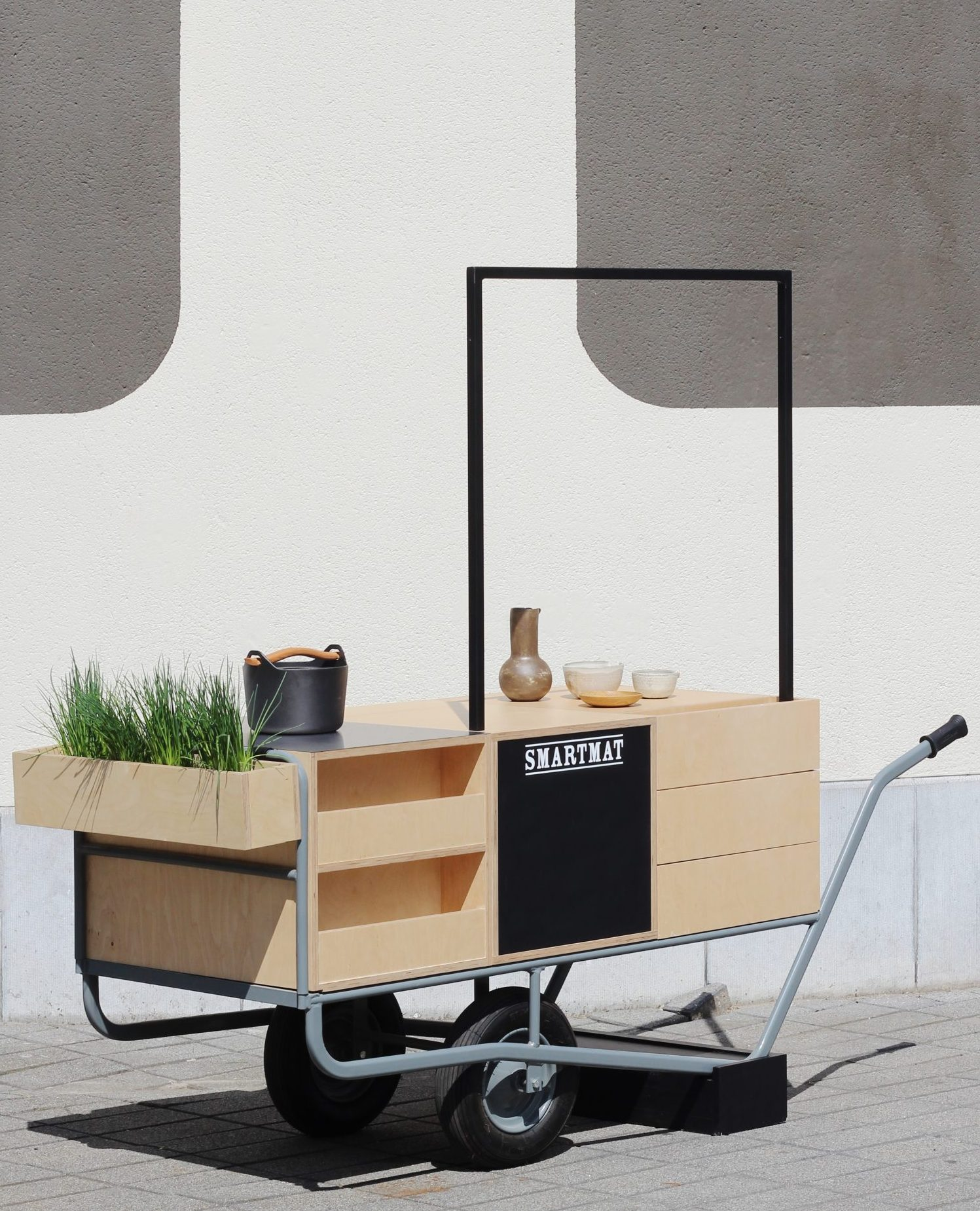 Nightingale Smartmat food cart
